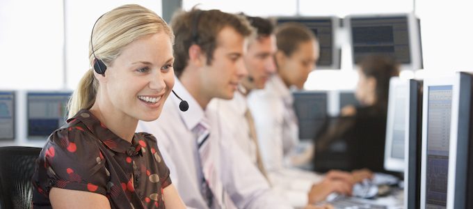 Televerkoop of telemarketing uitgevoerd door callagents gespecialiseerd in telefonische prospectie of telesales.